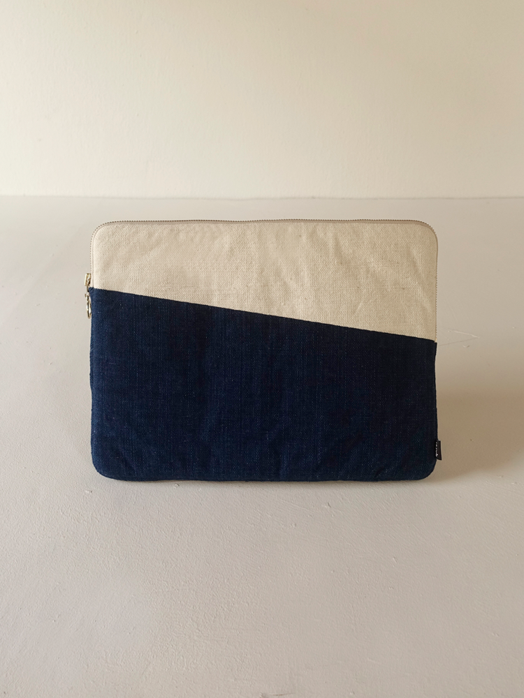 Hand-woven Laptop Case_Indigo Navy