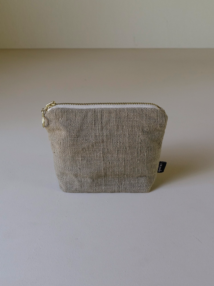 Hand-woven Pouch_Guava Grey