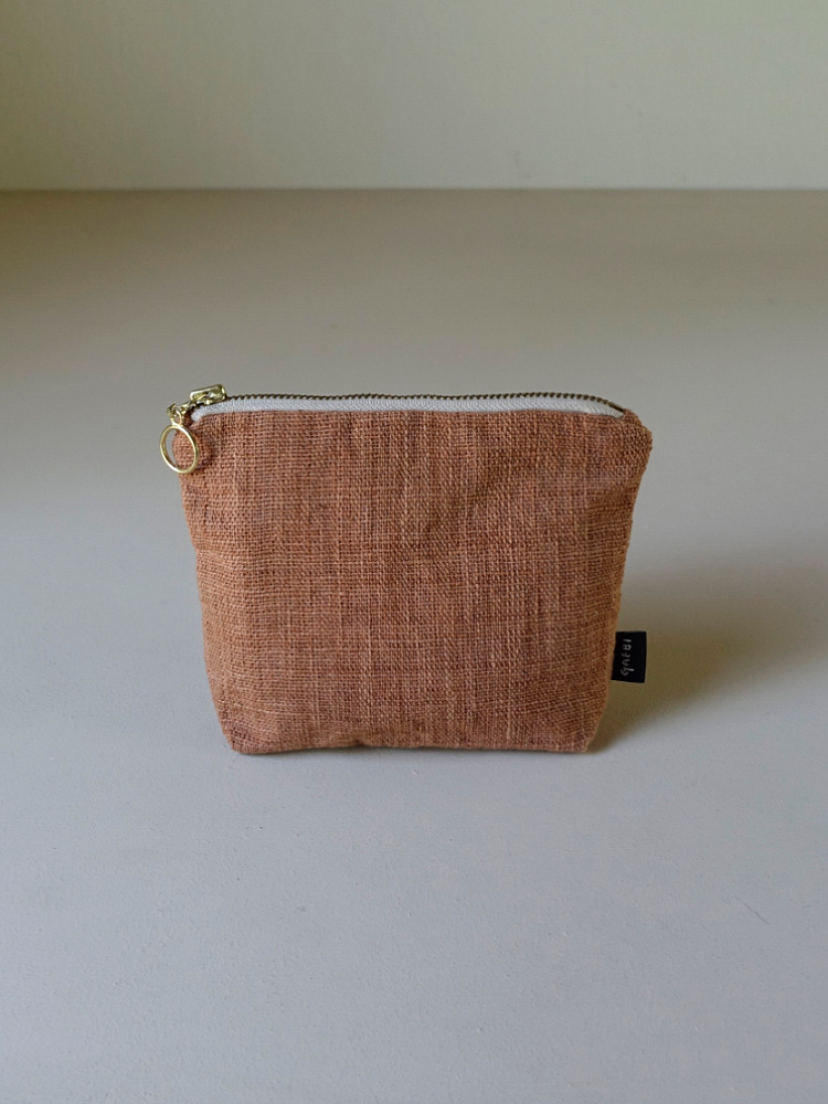 Hand-woven Pouch_Red Taro