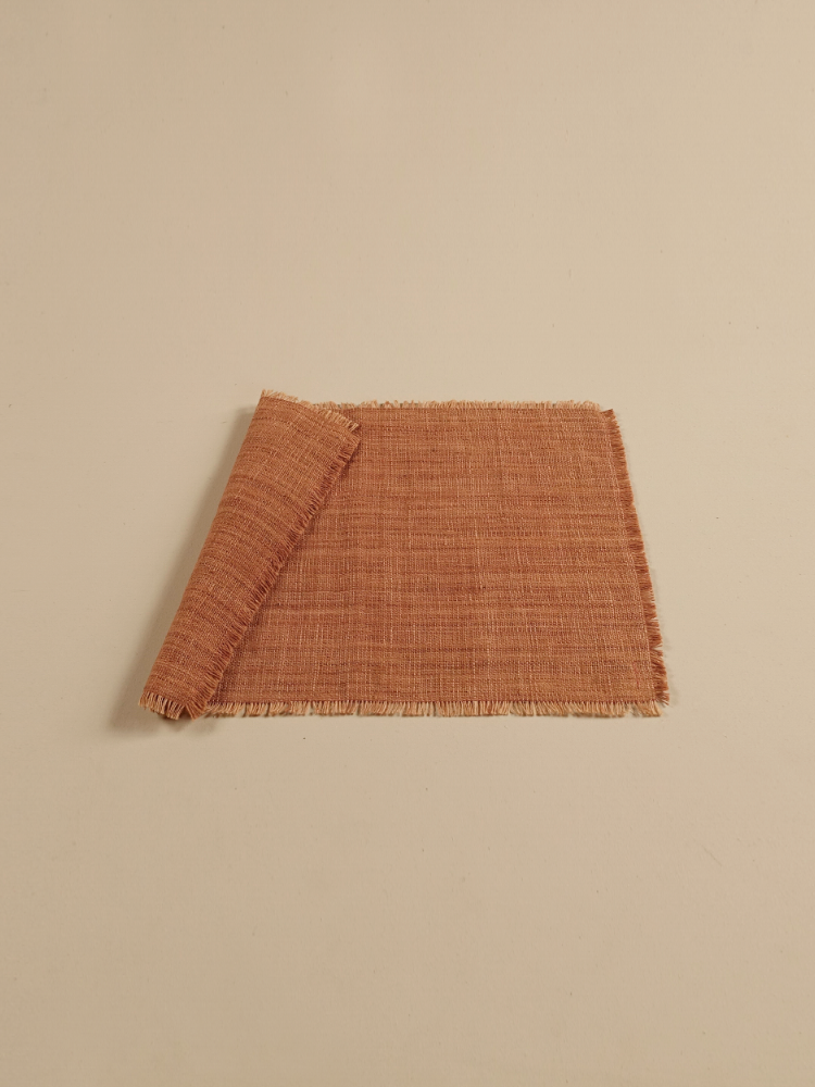 Hand-woven Placemat (Fringe)_Redtaro