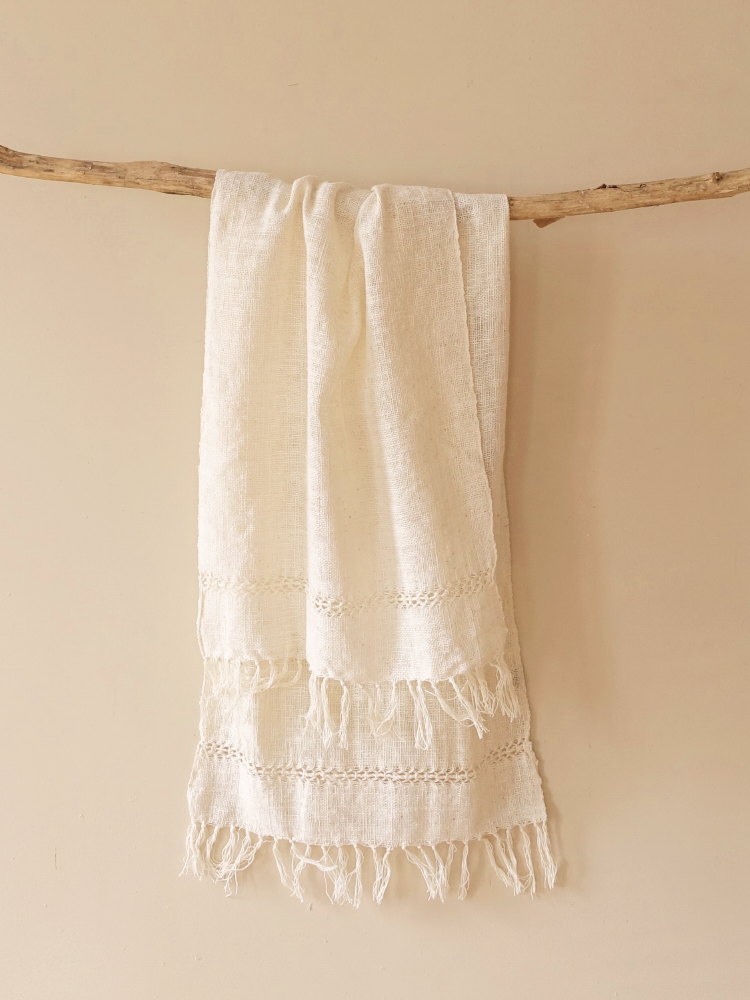 Hand-woven Scarf_Organic White