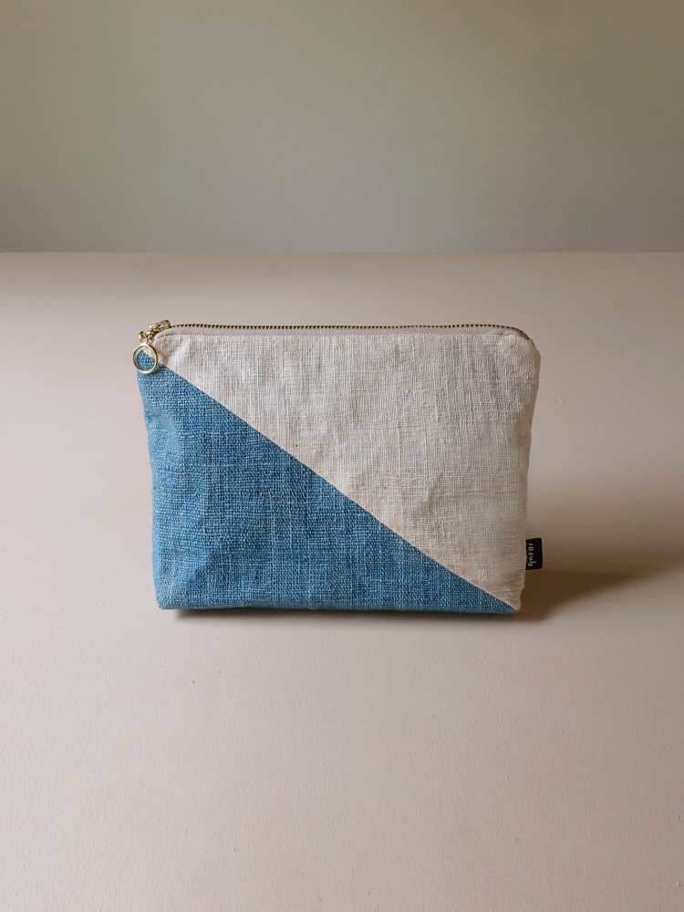 Hand-woven Pouch(Color Block)_Indigo Blue